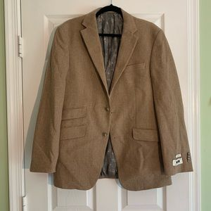 Tailored fit sports coat